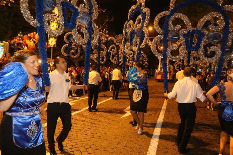 Marcha luminosa na noite de São João em Vila do Conde