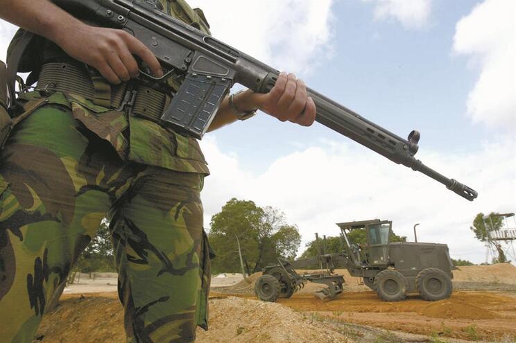 Armas de Tancos desapareceram e foram recuperadas mediante uma encenação de descoberta por parte da Polícia