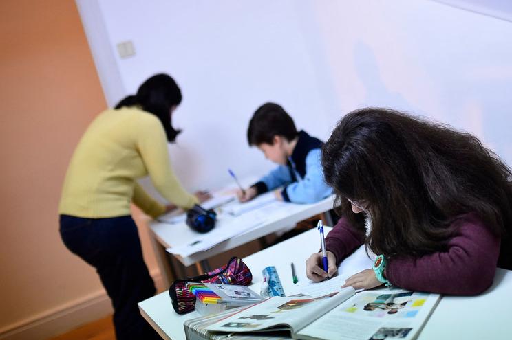 Estudo revela que 70% dos professores dão aulas exaustos