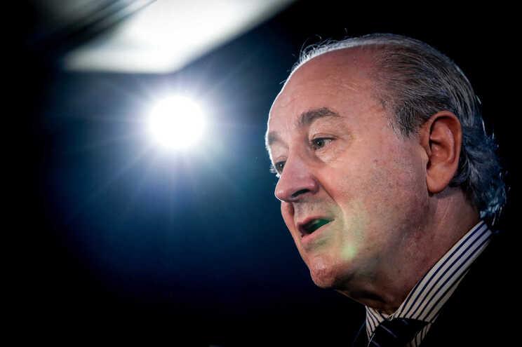 """Rui Rio: TAP só serve a Grande Lisboa e é uma """"empresa regional"""""""