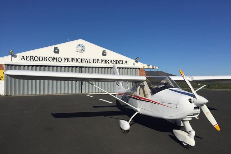 Aero Clube de Mirandela desafia jovens a ser pilotos por um dia
