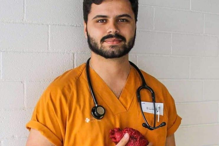 Miguel Peliteiro está em coma induzido no Hospital de S. João, no Porto, e pode ficar sem o braço direito