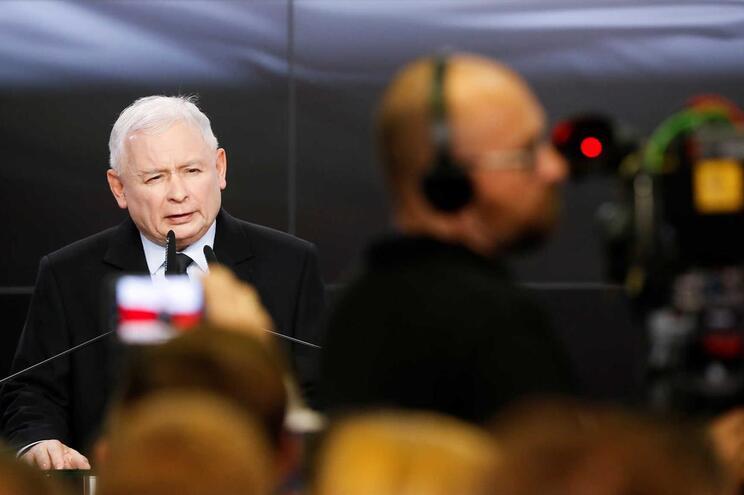 Jaroslaw Kaczynski poderá ser o próximo primeiro-ministro da Polónia