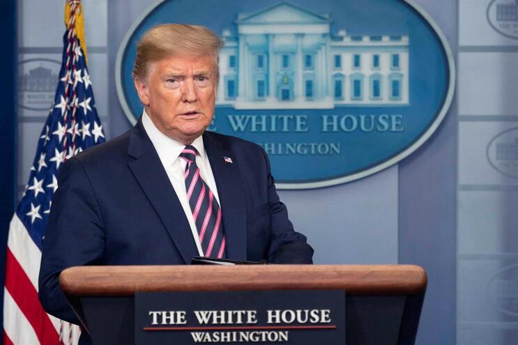 Donald Trump diz que conferências de imprensa são perda de tempo