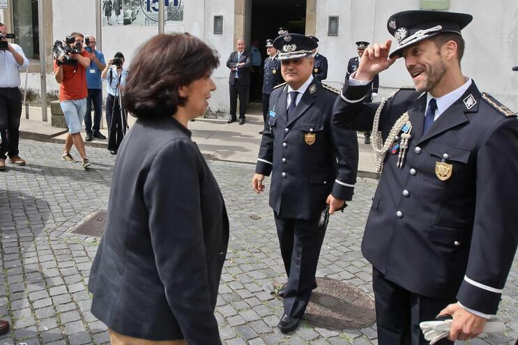"""Secretária de Estado Isabel Oneto ouviu """"recados"""" do comandante da PSP do Porto, Paulo Lucas"""