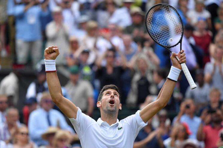 Djokovic bate Goffin e segue para as meias-finais de Wimbledon