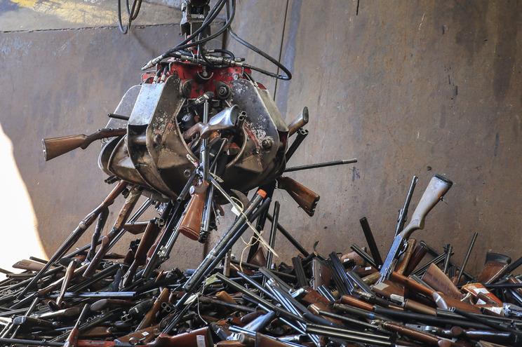 Armas de fogo vão ser destruídas na Maia, Porto