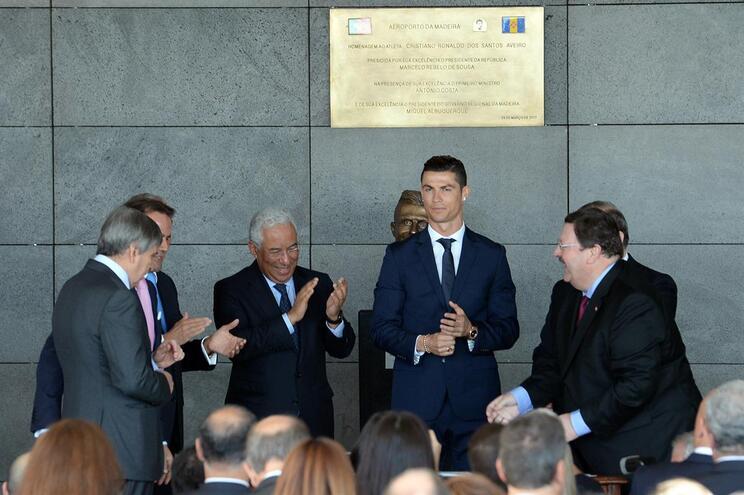 Cerimónia de homenagem a Cristiano Ronaldo no Aeroporto Internacional da Madeira, em março de 2017