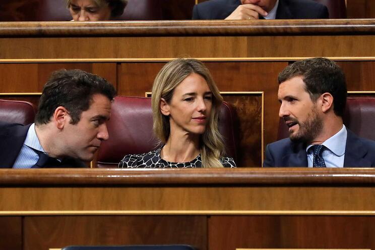 """PP diz que Sánchez deverá """"começar a pensar em ir-se embora"""""""
