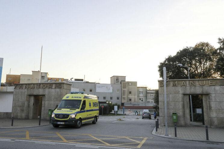 Diretores e chefes de serviço do Hospital de Gaia demitem-se