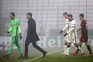 Paulo Fonseca apurado para os 16 avos de final e Mourinho mais perto
