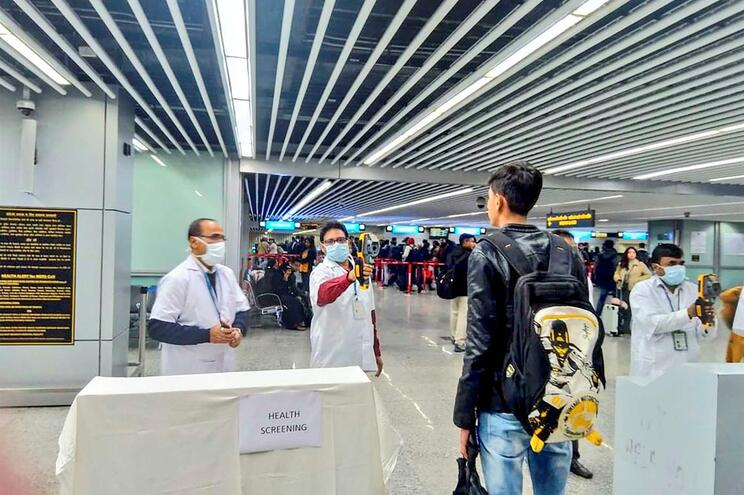 Aeroportos chineses reforçaram medidas de segurança da saúde pública
