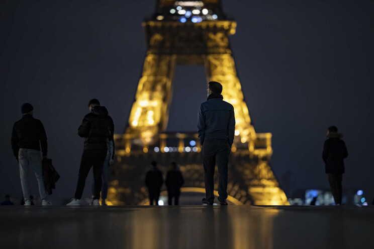 Com os dados das últimas 24 horas, França contabiliza 867.197 casos de infeção