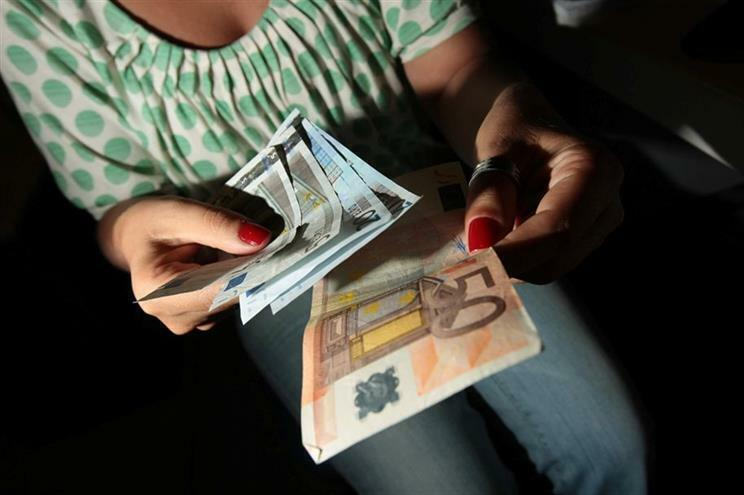 Apoio abrange famílias com perda de rendimentos devido à pandemia