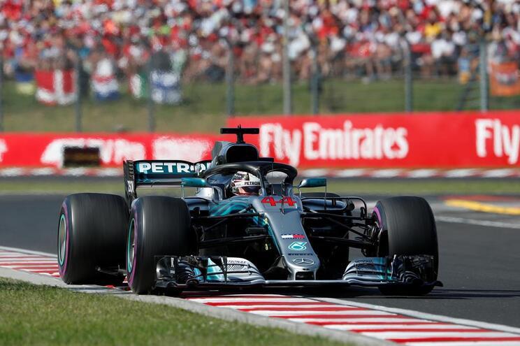 Hamilton aumentou para 24 pontos a vantagem em relação a Vettel