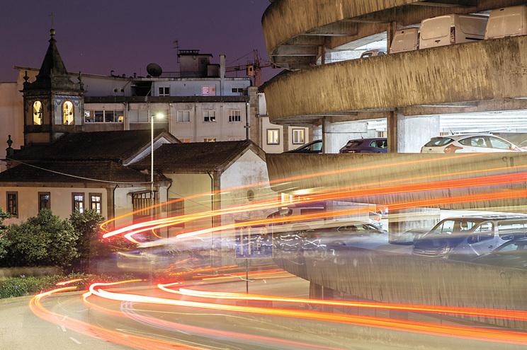 Estacionamento lotado nos parques municipais do Porto