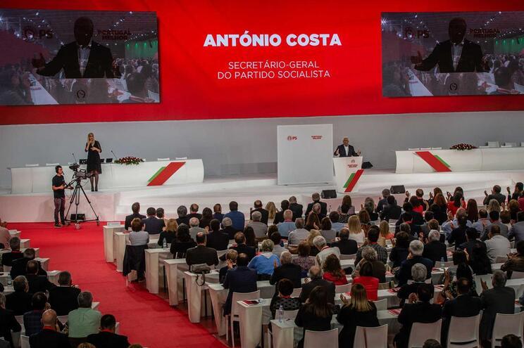 Aprovadas alterações de estatutos propostos por Costa