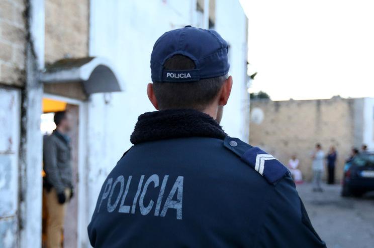 Buscas domiciliárias em Oeiras, Sintra e Amadora