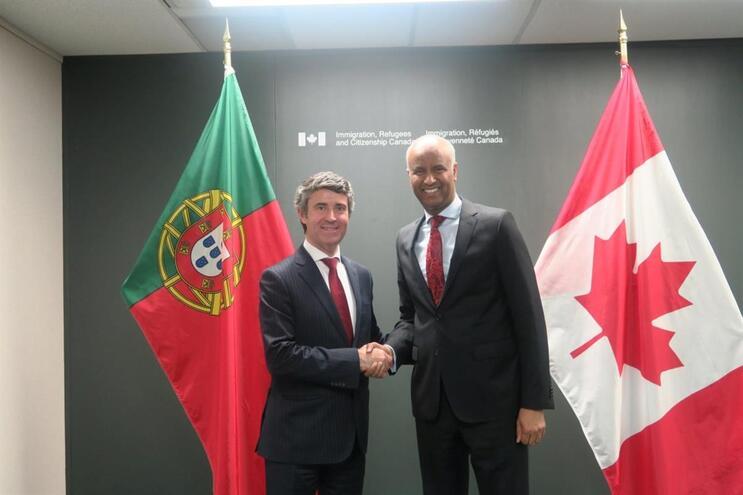 Canadá: José Luís Carneiro procura solução para portugueses em vias de deportação