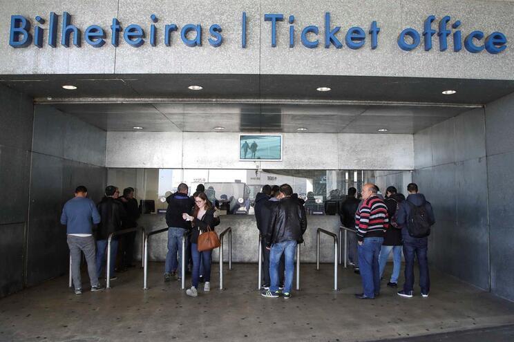 Começou na terça-feira a venda dos bilhetes para o clássico, nas bilheteiras do Estádio do Dragão