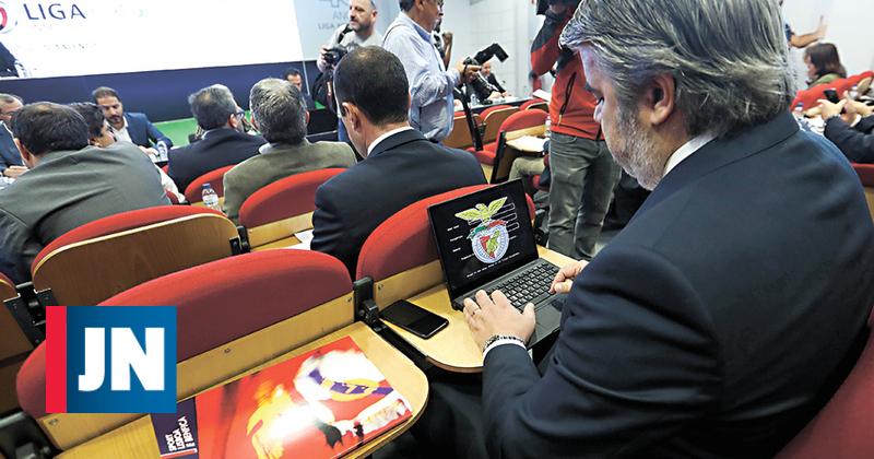 Ex-árbitro quer SAD do Benfica a responder por corrupção