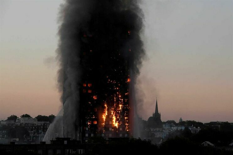 Falsa vítima de incêndio na torre Grenfell condenado a prisão