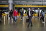 Primeiro-ministro diz que regras nos transportes têm sido cumpridas