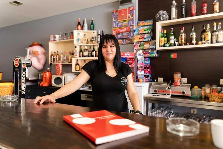 """Elsa Mata, do Ibérico Café, defende que """"chegava bem ter o livro em papel"""""""