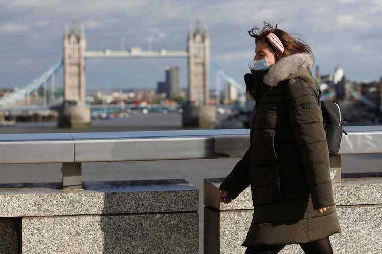 Nos próximos dias, balanço britânico irá incluir alguns casos adicionais do período entre 24 de setembro