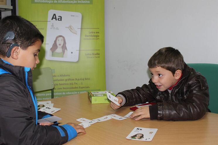 Método é usado na sala de aula por crianças com necessidades educativas especiais