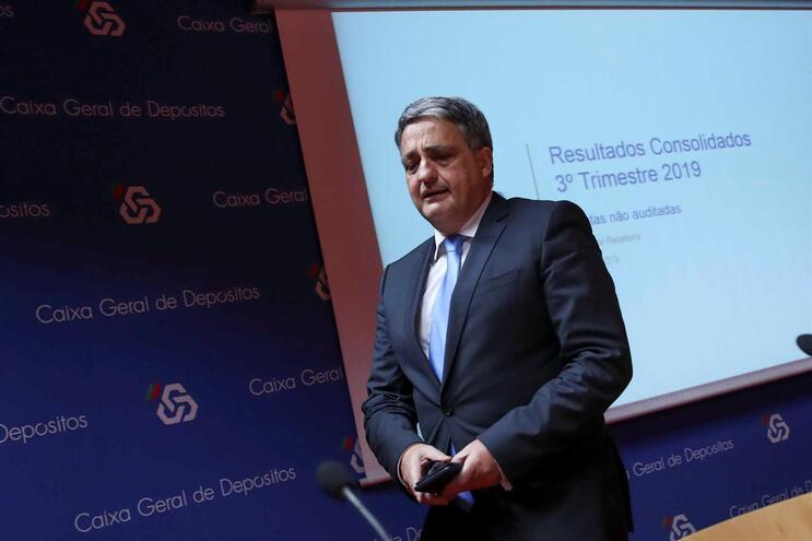 """Paulo Macedo diz que Caixa dar dividendo ao Estado acima de 250 milhões de euros é """"plausível"""""""