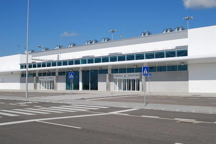 """Sporting """"desviado"""" para Terminal Aeroportuário de Beja no regresso de Nova Iorque"""