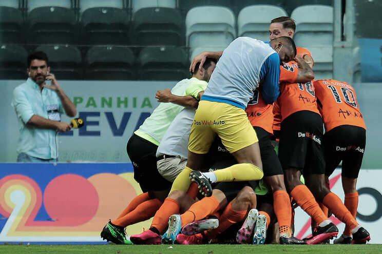 Rio Ave vence no Bessa e conquista última vaga na Liga Europa