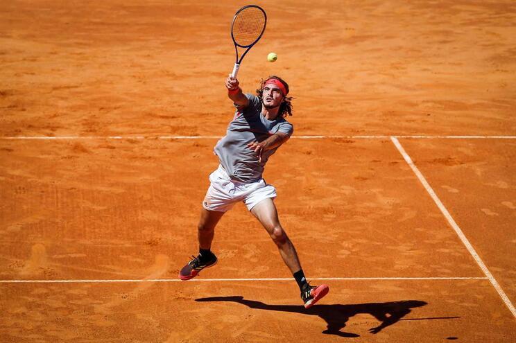 Stefanos Tsitsipas vence Estoril Open