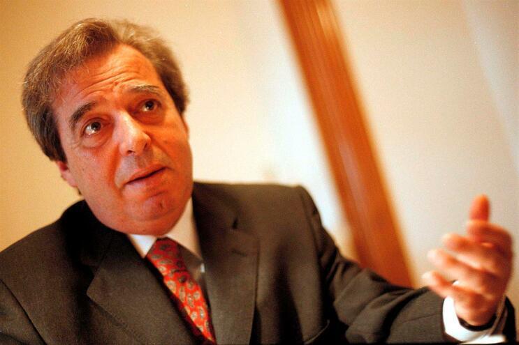 INEM abre inquérito à morte do psicanalista Carlos Amaral Dias