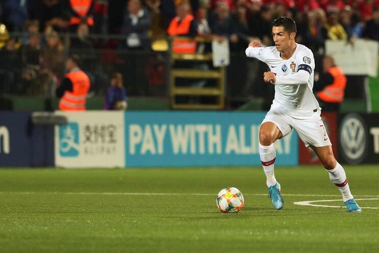 """Cristiano Ronaldo: """"Não vivo o futebol a pensar nos prémios individuais"""""""
