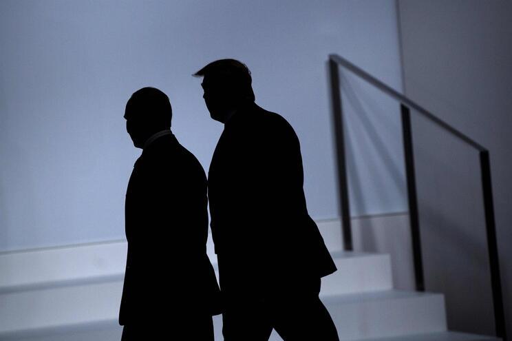 Relações entre EUA e Rússia estão mais calmas desde que Donald Trump está à frente da Casa Branca