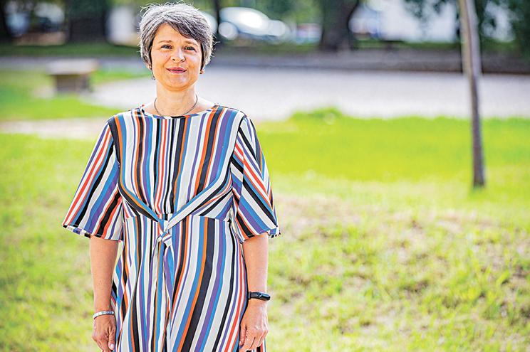 Isabel Pireza, doente que sofre de enxaquecas e membro da MiGRA Portugal