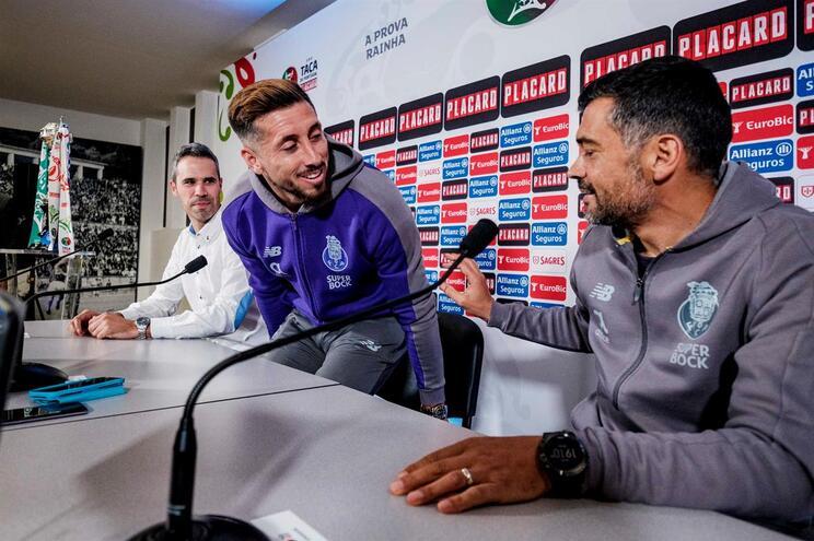 """Último jogo de Herrera no F. C. Porto? """"Em princípio sim..."""""""