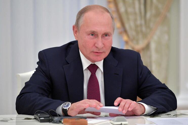 Falsa página sobre Parlamento Europeu divulga desinformação russa