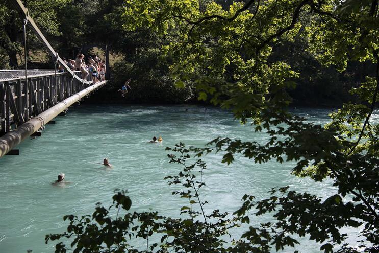 Rio Aare, em Berna