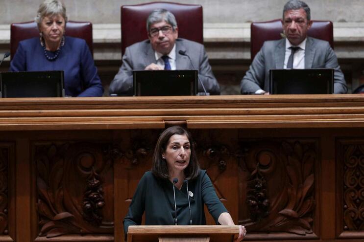Deputados do PS questionam ministra sobre fecho da urgência pediátrica do Garcia de Orta