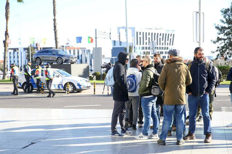 Vigília no aeroporto de Lisboa