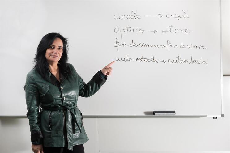 Lúcia Vaz Pedro, professora de Português, é a favor do acordo ortográfico