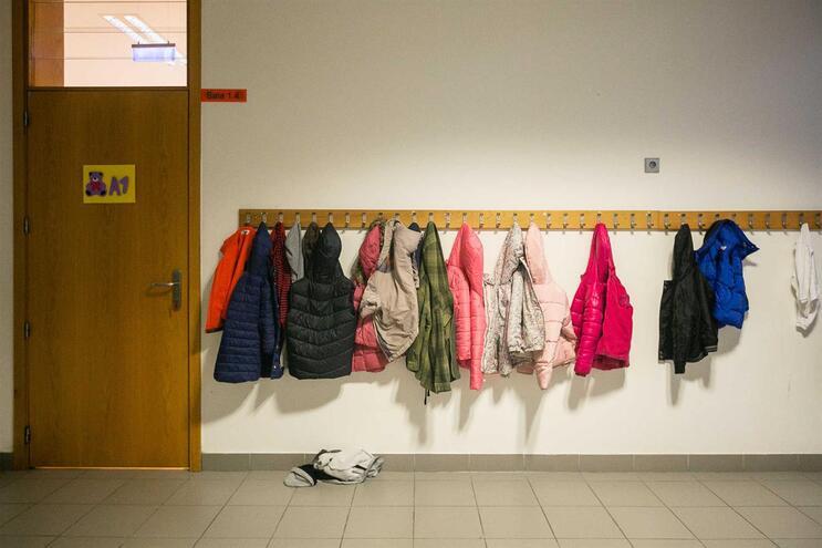 Escolas passam a fixar número de alunos por turma