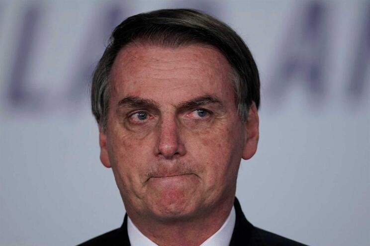 "Bolsonaro criticado por ""celebrar ditadura militar"""