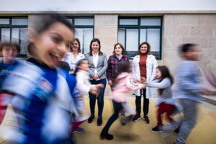 Em Requião são pais que garantem aulas extracurriculares
