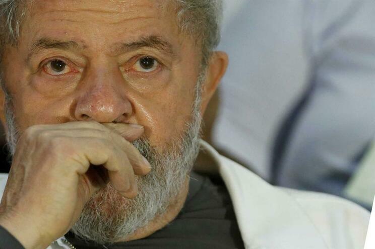 Lula da Silva foi condenado à prisão por corrupção