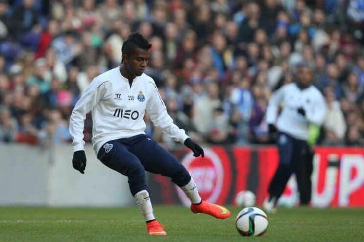 F. C. Porto inscreveu Kelvin na Liga
