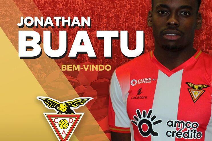 Jonathan Buatu é reforço de inverno do Aves